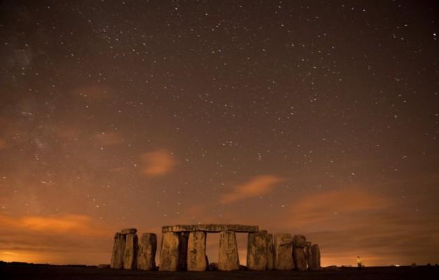 236963-stonehenge