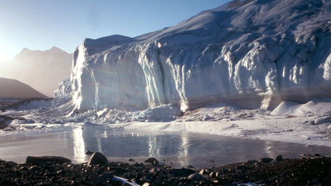 Alien life clues in Antarctic Ice?