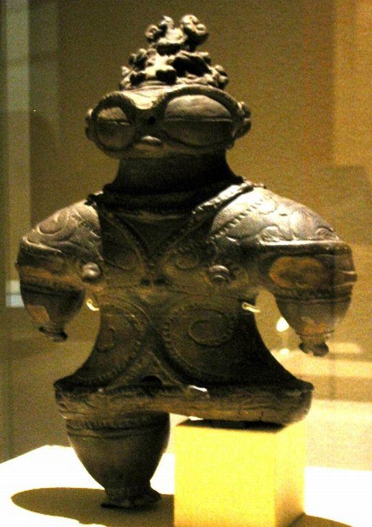 ancient astronaut sculpture - photo #23