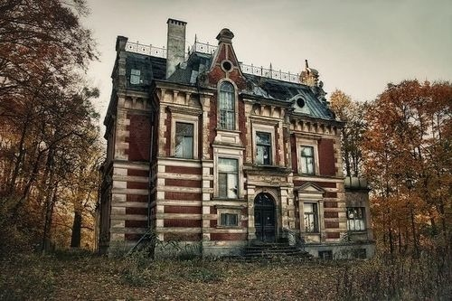 The Haunted Manor In Gdansk Poland Strange Unexplained