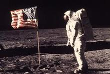 Moon Landing Faked! – film footage examined