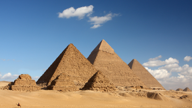 Strange Unexplainable Facts About The Great Pyramids