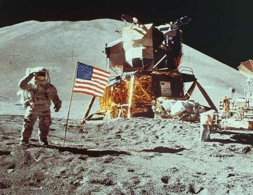 Proof of Aliens – The Apollo 11 sightings