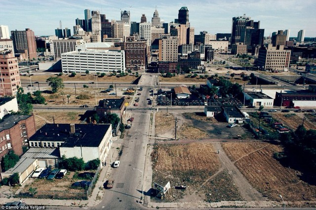 Modern Ghost Town – Motor City, Detroit USA – Strange Unexplained Mysteries