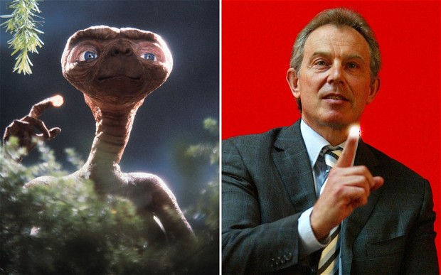 The UFO Files: Tony Blair briefed on alien defence policy