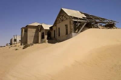 Ghost Town – KOLMANSKOP, Namibia