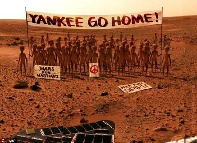 Curiosity discovers Aliens on Mars