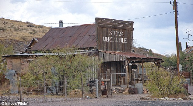 Ghost Town – Stiens, New Mexico