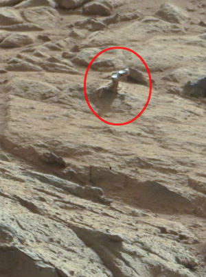 Mars Rover discovers bits of alien metal