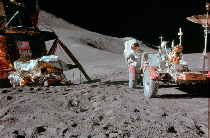 Apollo's First Moon Rover: Photos