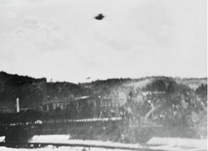 The very best old UFO pictures and mysteries from the 50's