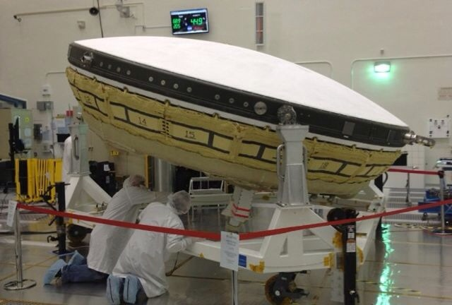 NASA to test flying saucer !