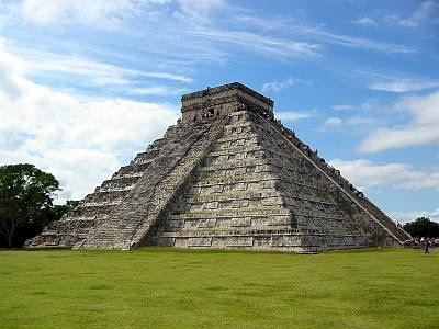 ANCIENT MYSTERIES Maya Pyramids of Chichen Itza