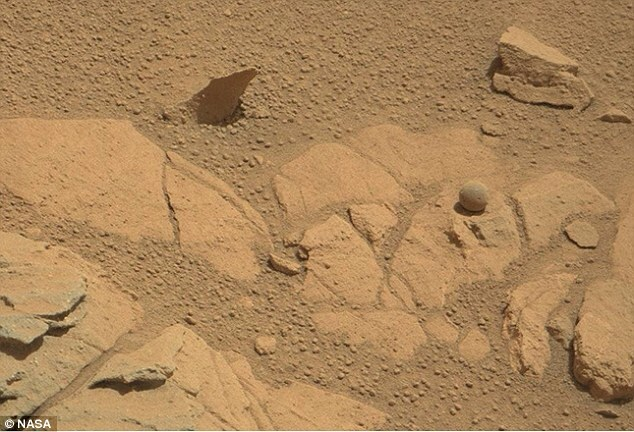 More strange unexplained objects spotted on Mars