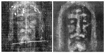 An archive negative image of the Shroud of Turin (L) is shown next to one recreated by an Italian scientist and released in Pavia October 5, 2009.    REUTERS/Turin Diocese (L) and Luigi Garlaschelli/Handout