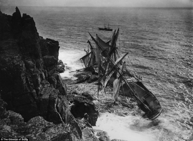 A stunning collection images of old shipwrecks