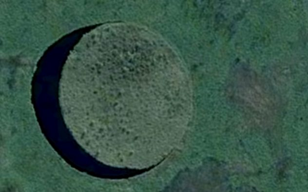 The unexplained mystery of the Eye island